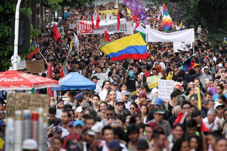 Colombia alza su voz en rechazo a la entrega de su soberanía a EEUU