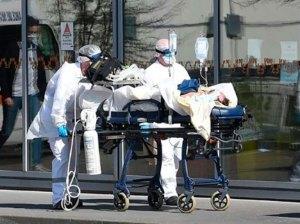 Estados Unidos contabiliza 800 nuevas muertes por la covid-19