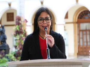 Vicepresidenta Rodríguez extiende felicitaciones a Rusia en su día