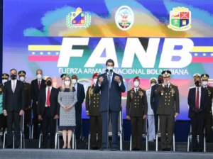 Maduro llamó a la FANB a mantener una nación soberana