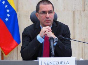 Presidente de Uruguay repite guión de agresión contra Venezuela