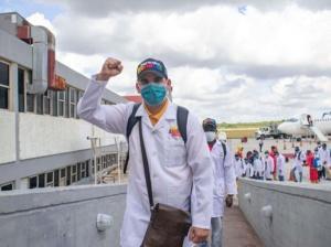 Venezuela apoya promover el Premio Nobel de Paz para doctores cubanos