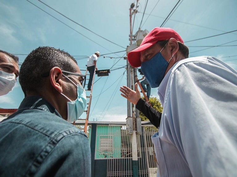 Cuadrillas de Cantv recuperan servicios en Zulia y Falcón