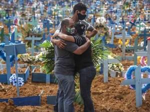 Brasil supera la barrera de los 3.000 muertos diarios por coronavirus