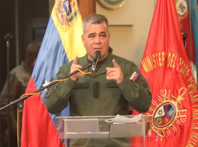 Padrino López: La FANB produce soluciones para todos los problemas