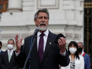 Presidente de Perú descarta postergar  elecciones generales