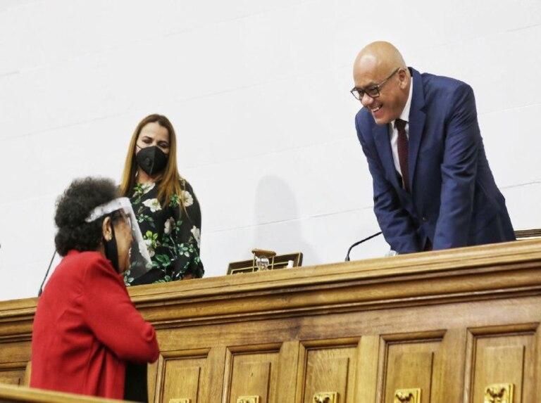 Parlamento respalda a las mujeres en las luchas por sus derechos