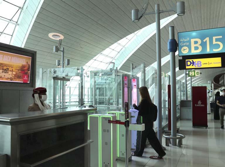 En Dubai los ojos de los viajeros se convierten en sus pasaportes