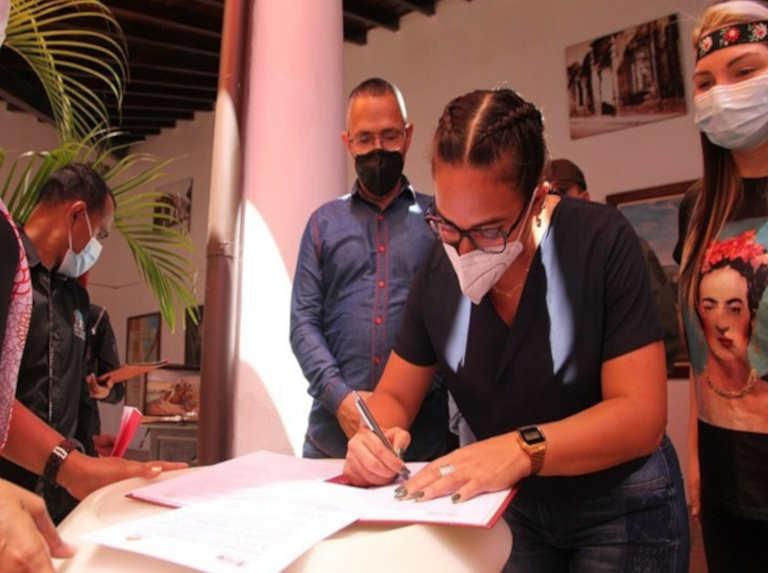 Cojedeños elaboran indumentaria para la mini serie Carabobo