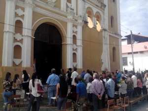 In Barinas they celebrated Palm Day with controlled attendance of parishioners