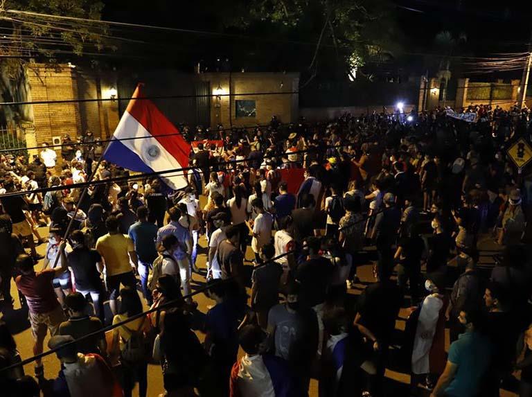 Oposición impulsará juicio político a Abdo Benítez en Paraguay