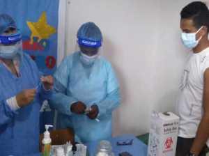 Inician vacunación del personal educativo en Ipasme Zulia