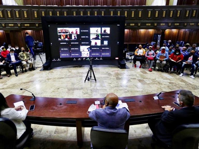 Comisión de diálogo y partidos abordaron agenda electoral