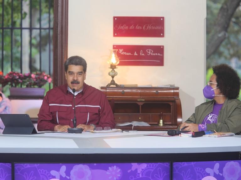 Presidente aprobó recursos para la atención a las mujeres venezolanas