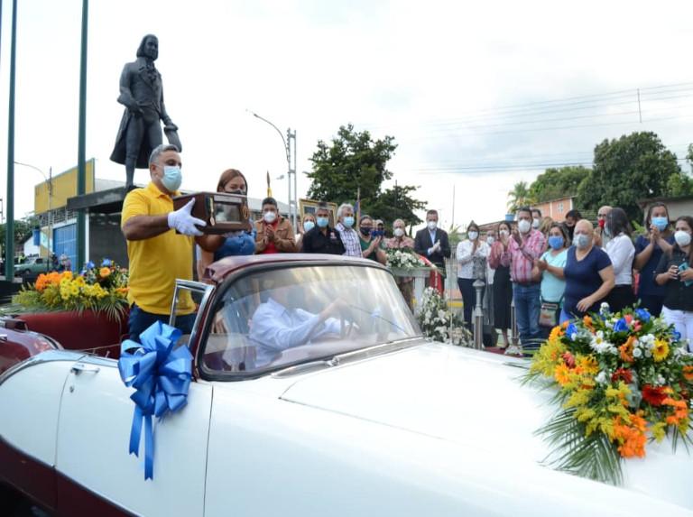 Restos simbólicos de Juan Germán Roscio parten a Caracas
