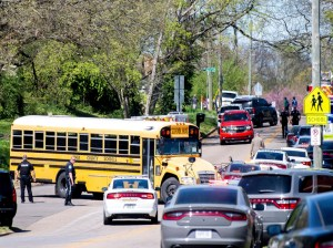 One dead and one injured after shooting at a US high school
