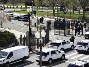 Vehículo embiste barricada en el Capitolio de EEUU