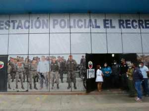 Carmen Meléndez inspects Caracas police stations