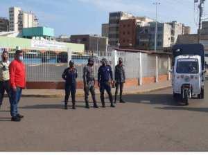 Desalojan conductores piratas adyacentes al terminal de Puerto la Cruz