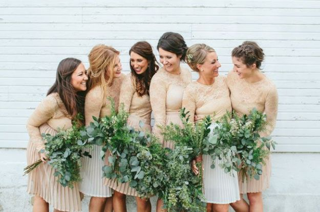 14 Perfect Winter Bridesmaid Looks: Long Sleeves