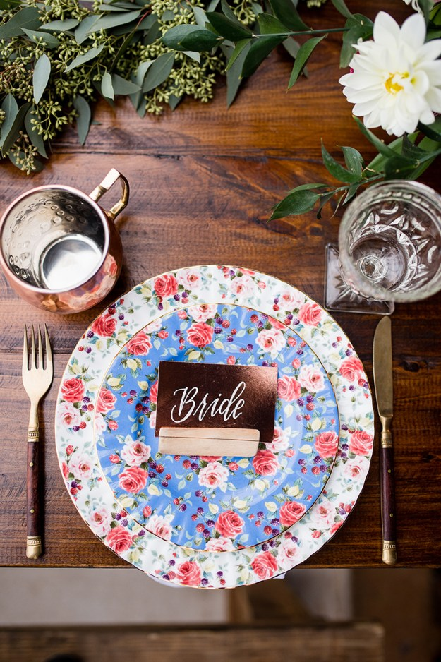 Bride table setting. A Rustic Barn Bridal Shower in Oklahoma | Ultimate Bridesmaid | Alex Dugan Photography