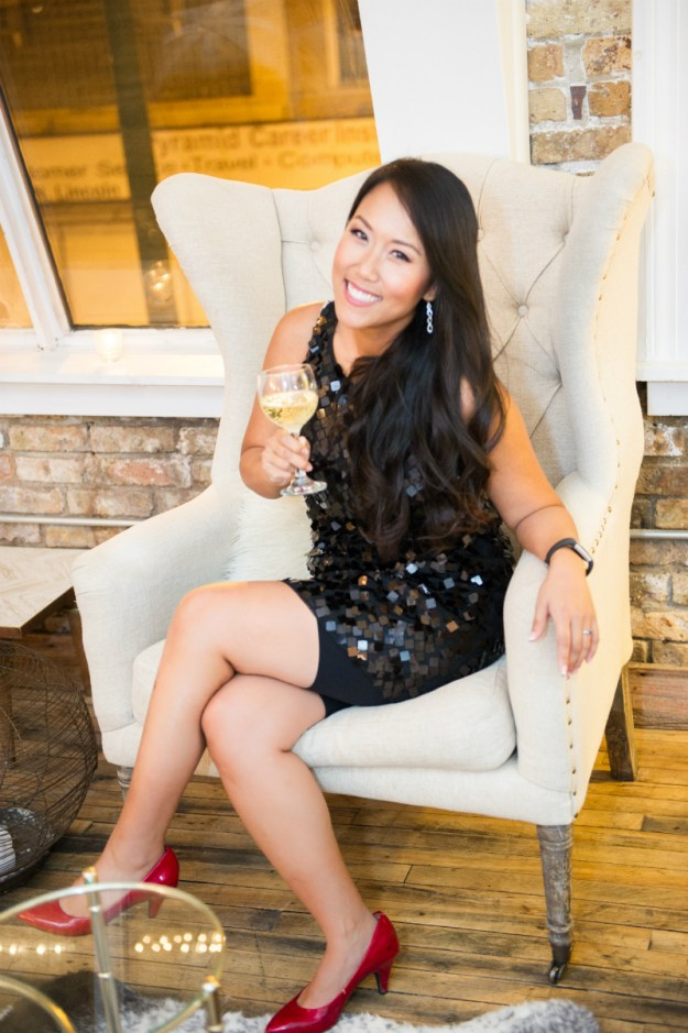 A Glamorous Chicago Bachelorette Party | Ultimate Bridesmaid | Angela Garbot Photography
