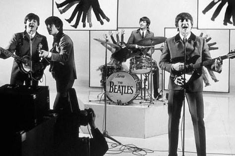 https://i0.wp.com/ultimateclassicrock.com/files/2014/03/beatles-hard-days-night.jpg?w=474