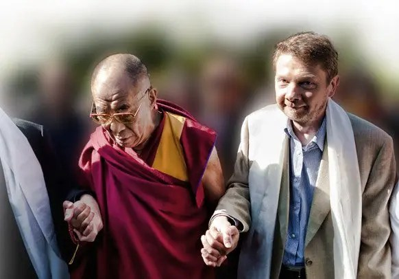 Eckhart Tolle Ultimate Destiny Hall of Fame Award Recipient with Dalai Lama