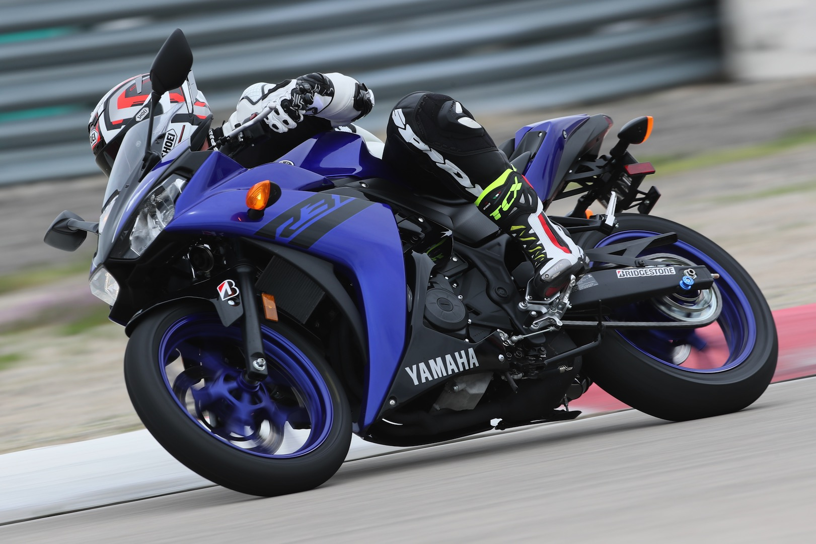 hight resolution of 2018 yamaha yzf r3 review