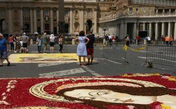 Roma, Festa SS. Pietro e Paolo: le infiorate