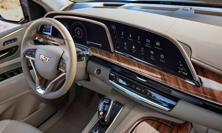 "Führende LG OLED-Technologie in Cadillac ""Escalade""-Monster"