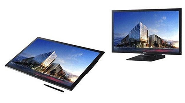 Sharp stellt 32 Zoll 4K Multitouch-Monitor PN-K322B mit IGZO-Panel vor