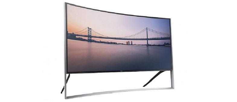 Samsung S27D590C: Erster 4K Monitor im Curved-Design auf gamescom