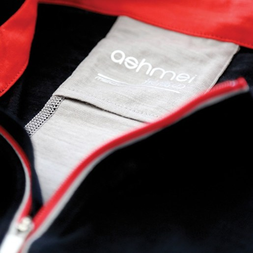 The very posh, high-end Ashmei carbon jersey (not a top!)