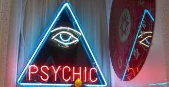 Personal Psychic Readings: Are They Better Than Therapy?