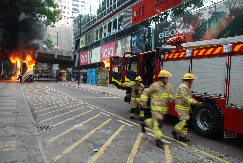 香港尖沙咀海防道突發火災   Devin@Hong Kong