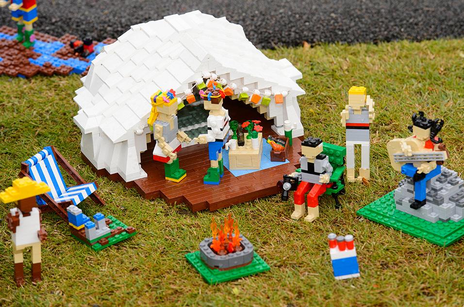 Lego Glasto 6