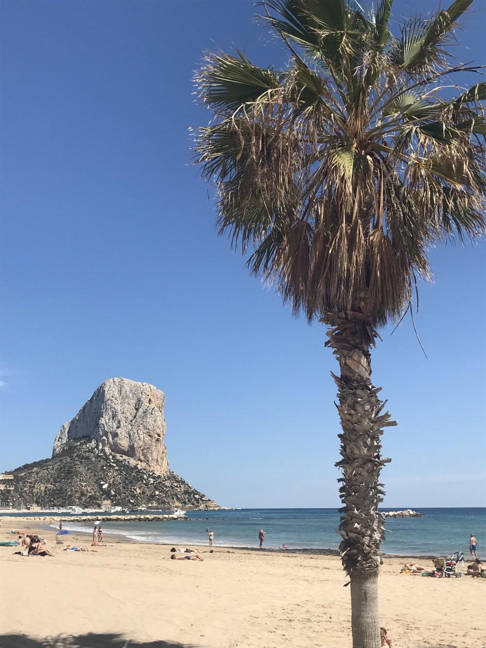 Em cada uma as praias, não cansei de olhar para a rocha