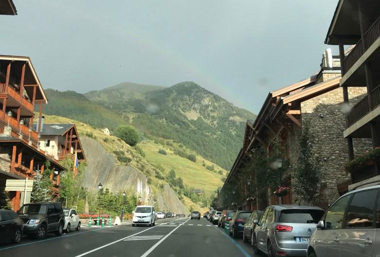 Andorra é linda até quando estamos no carro, durante uma chuva
