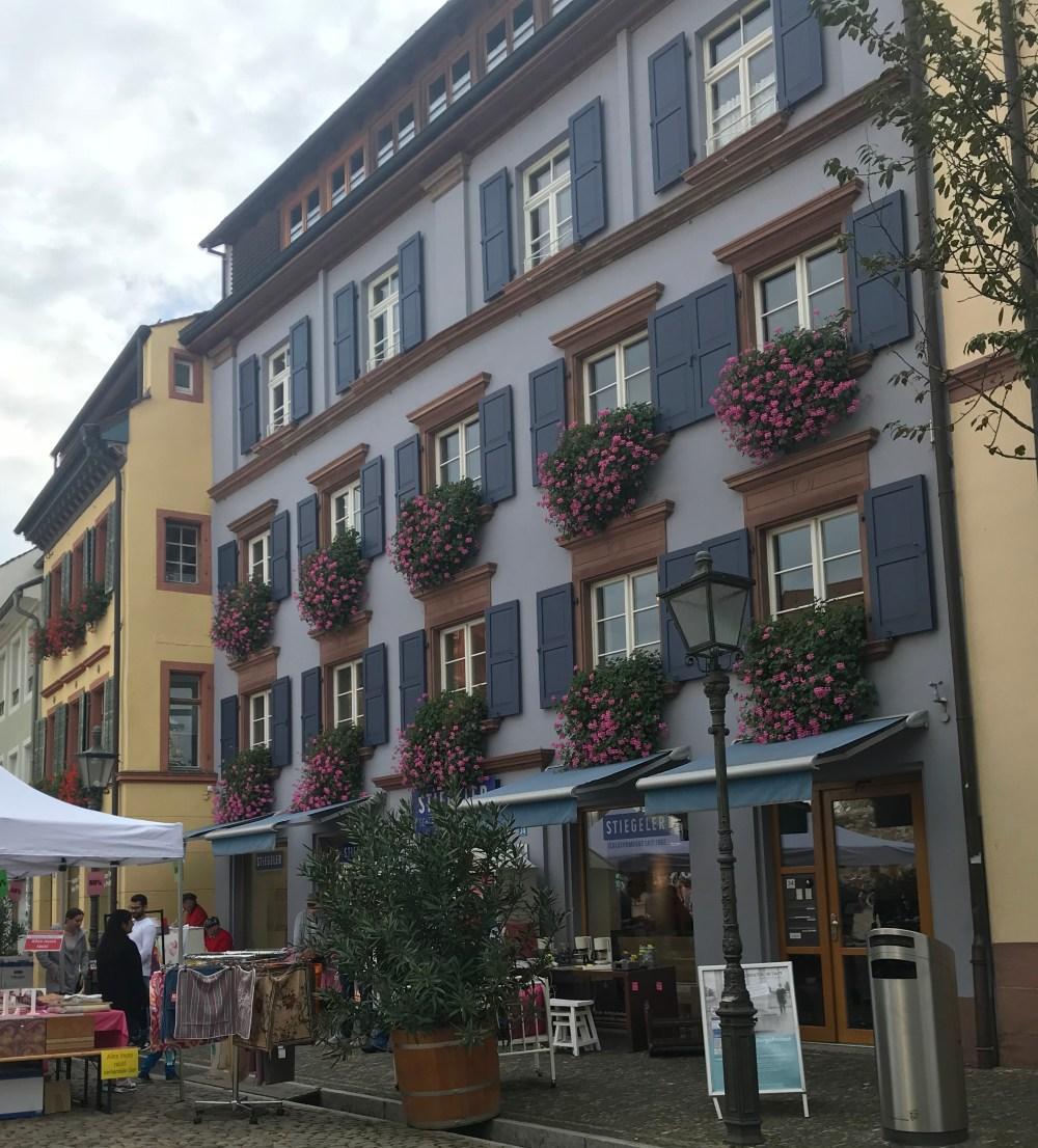 Flanando pelas ruas de Fribourg