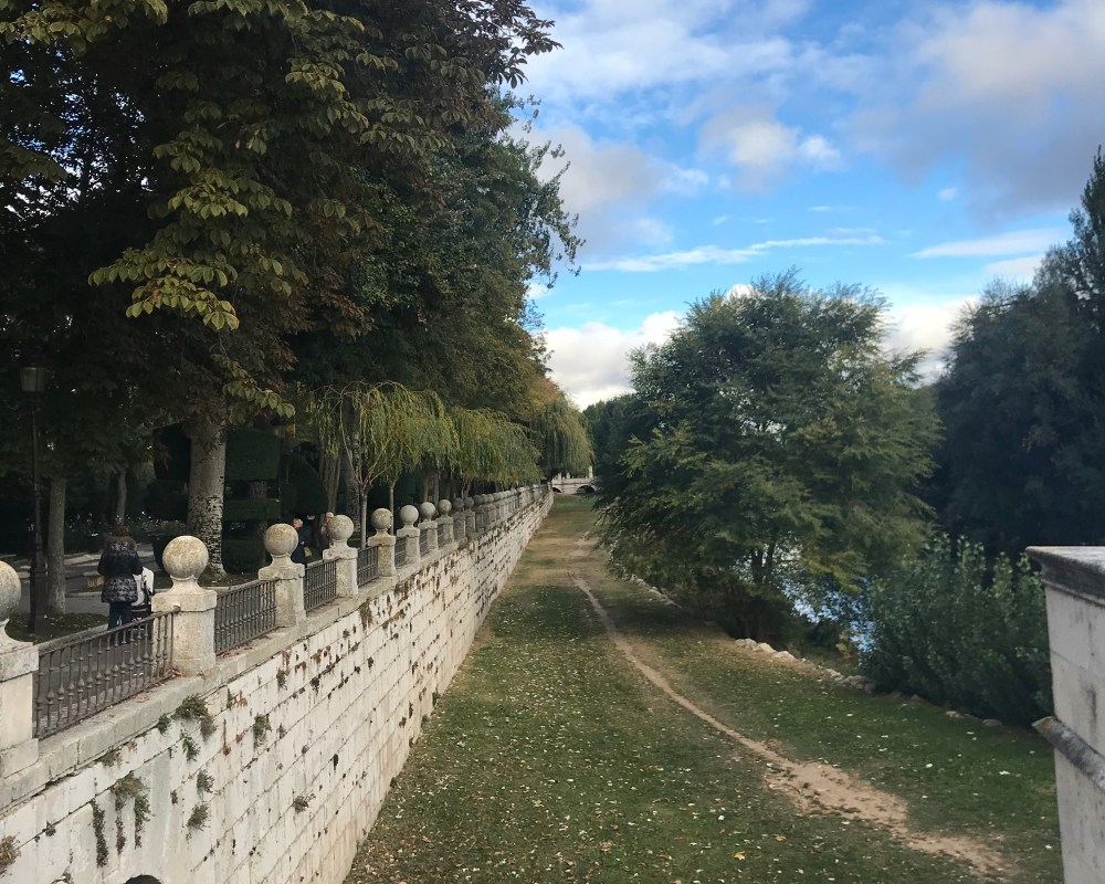 O rio de Burgos e seu belo parque