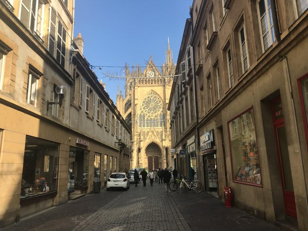 St. Étienne vista das ruas do Centro de Metz