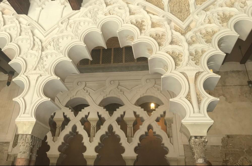 Detalhes da Aljaferia, palácio em Zaragoza