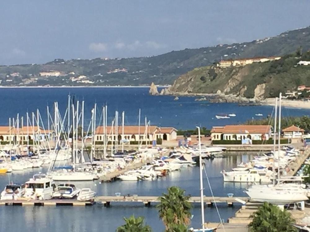 A marina de Tropea, Calábria