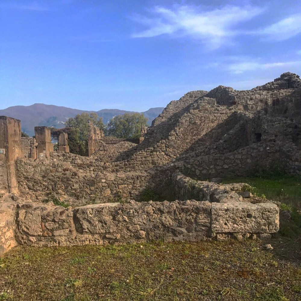 Nos arredores de Pompeia, belas montanhas
