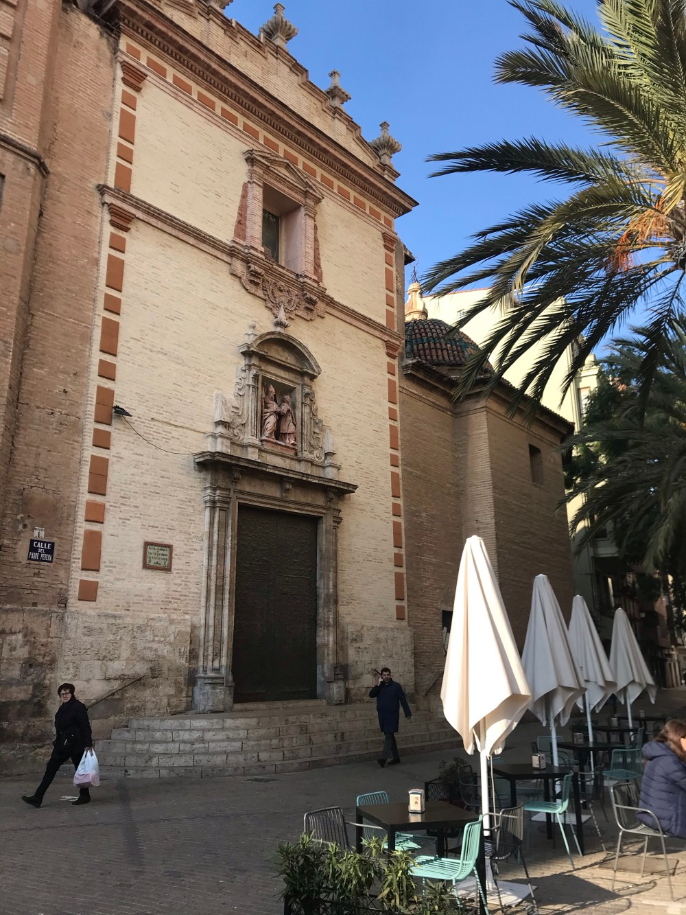 Iglesia Parroquial de San Valero y San Vicente Mártir é a Catedral de Ruzafa