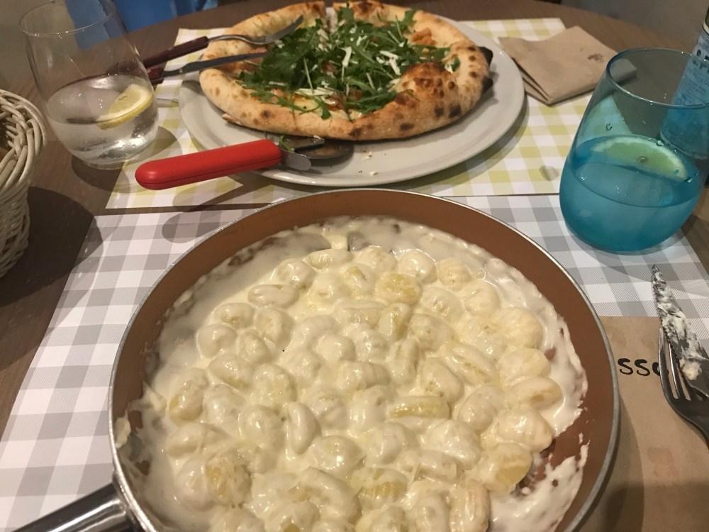 Veja só o tamanho dos pratos principais do Il Rosso de Russafa