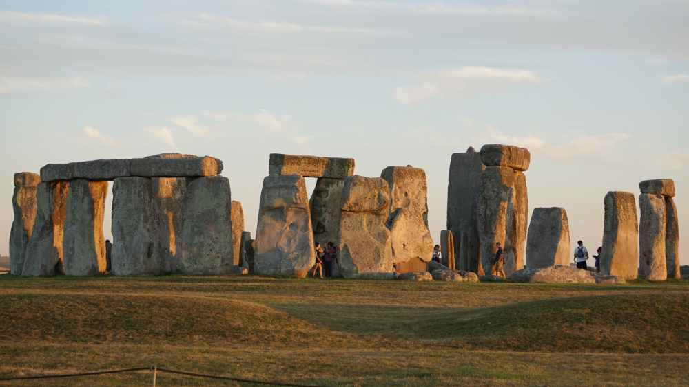 Midsummer, em Stonehenge, certamente é a festividade de solstício de verão mais conhecida