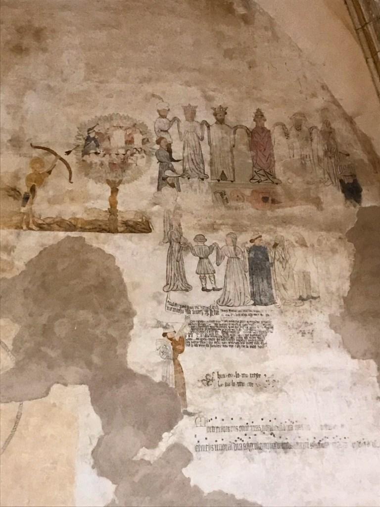Afresco medieval da dança da morte no Convento de São Francisco em Morella, na Comunidade Autônoma de Valencia, Espanha