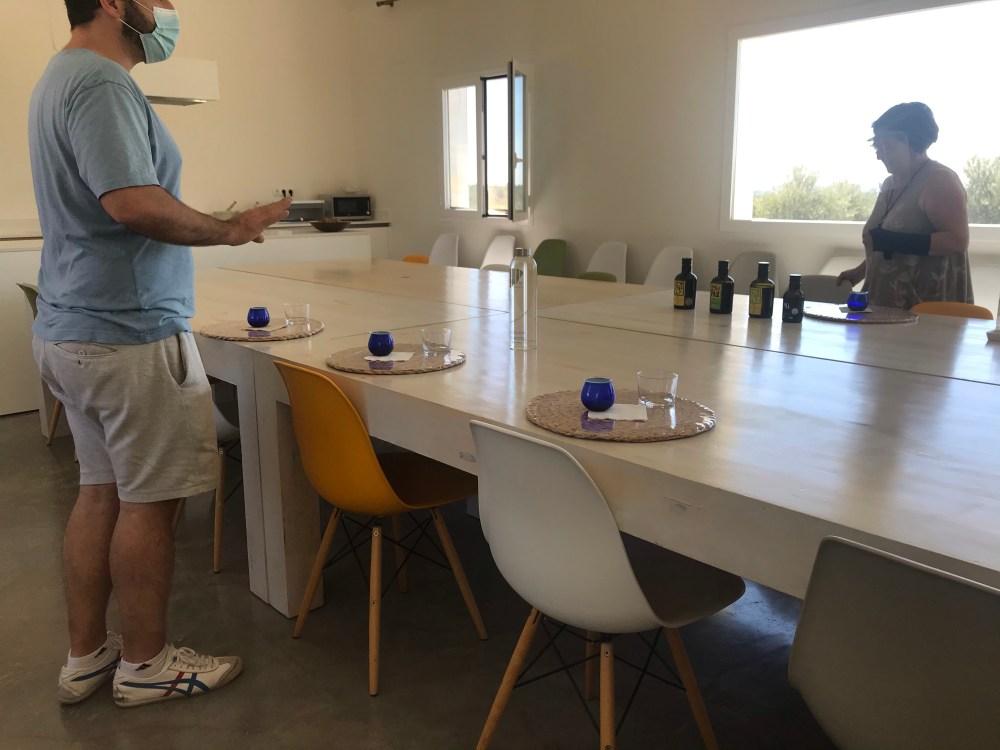 O espaço de degustação de azeite que conhecemos na OliOli na Espanha
